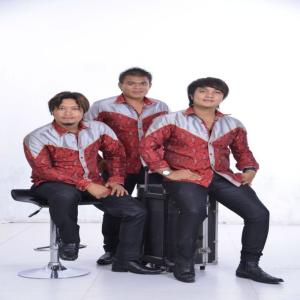 The Boys Trio